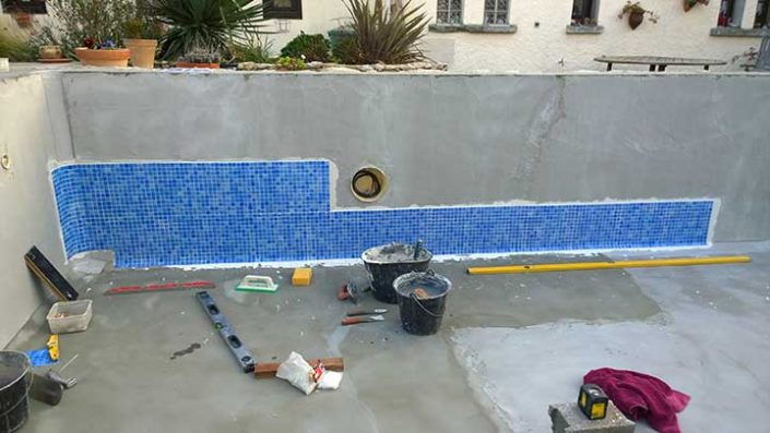 Swimming pool tiling apw building services for Swimming pool construction company